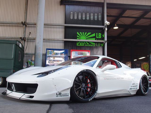 Liberty Walk Ferrari 458 Spyder Widebody
